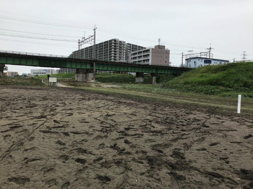 中央線鉄橋前のルート