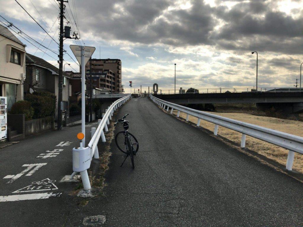 横川橋上がる