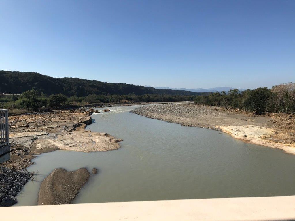 拝島橋から多摩川