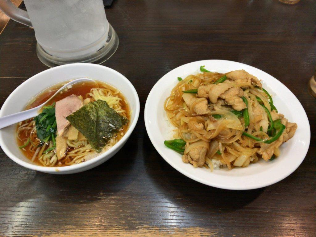 焼肉丼とミニラーメン2019.11.23