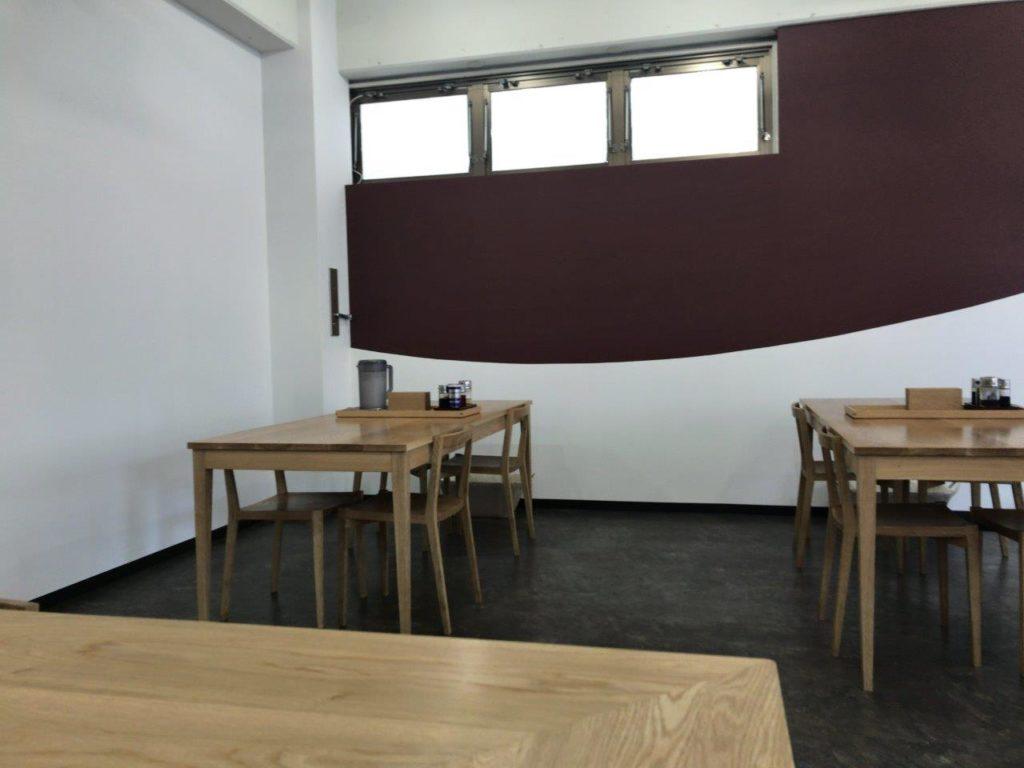 尾浦テーブル1