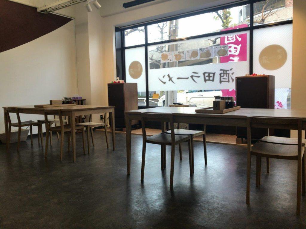 尾浦テーブル2